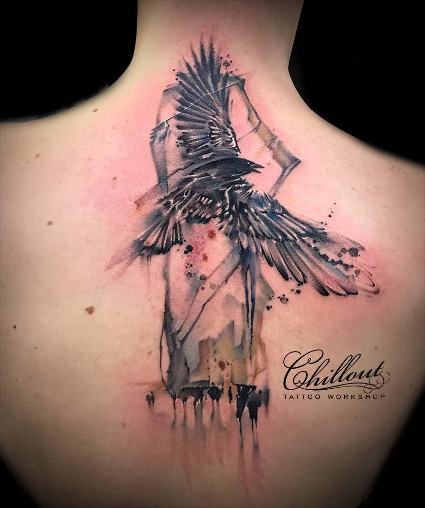 Татуировка Птица акварель на спине