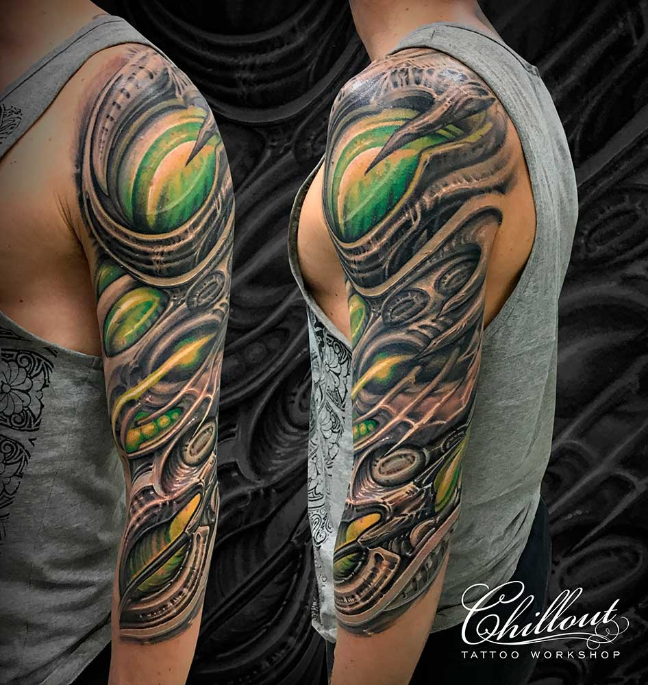 Татуировка органика рукав.