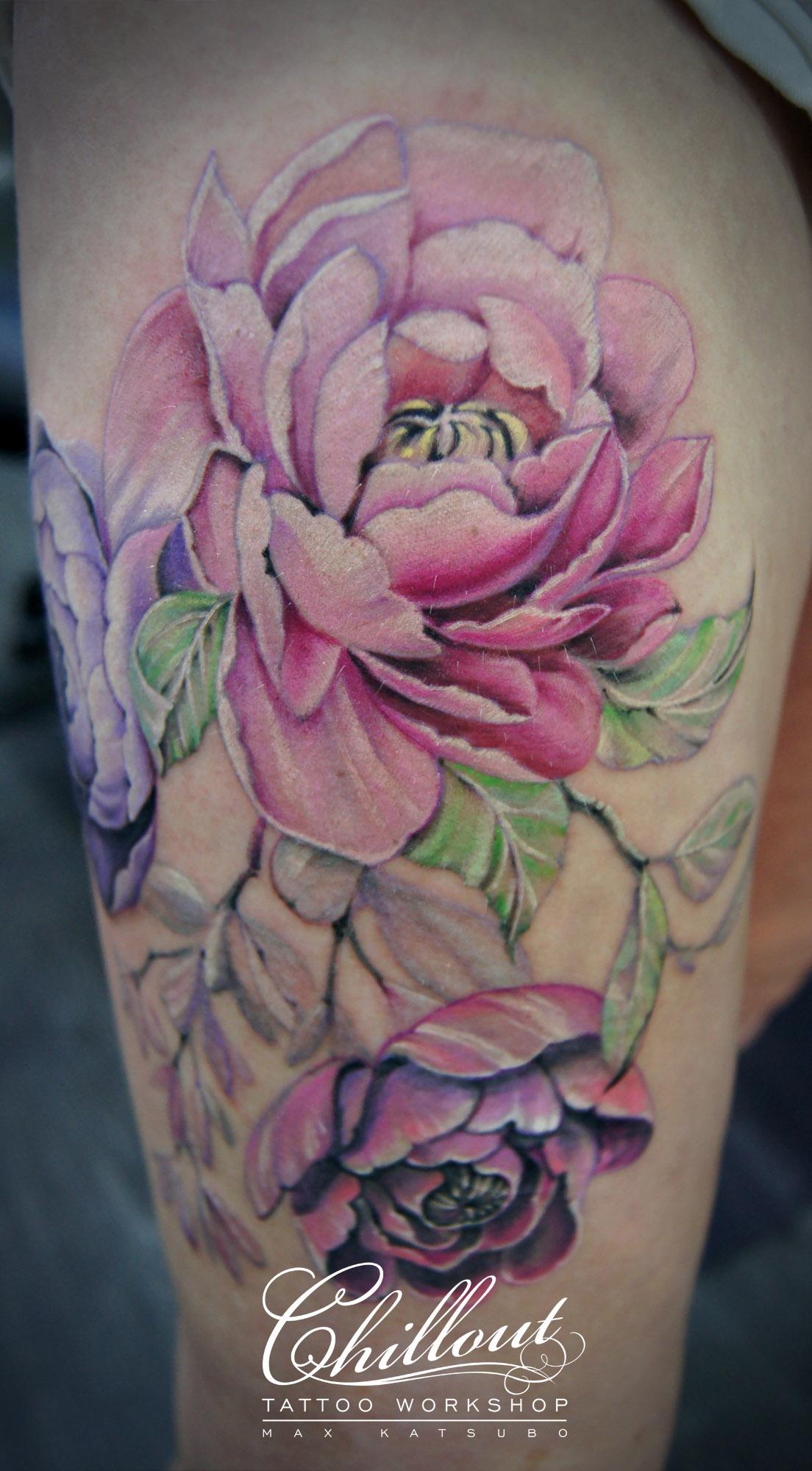 Татуировка с пионами фото