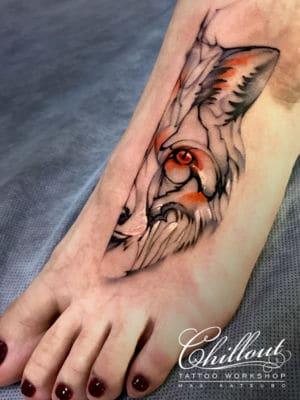 Татуировка Лиса графика на ноге
