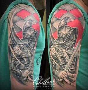 Татуировка спартак на плече
