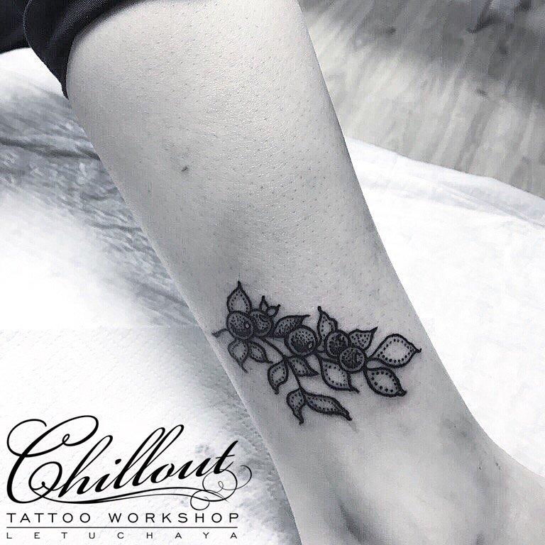Татуировки сексуальные на голень